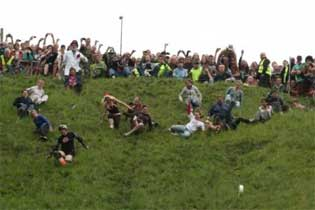 Gloucester Cheese Rolling